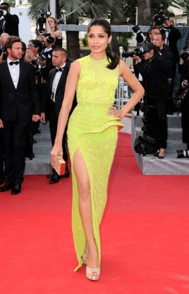 Freida Pinto in Atelier Versace on Day 2 of Cannes 2012