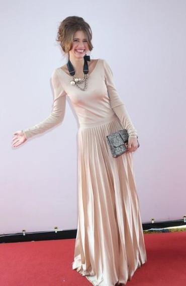 French-Indian Actress Kalki Koechlin in head-to-toe Dior Resort at 'Gangs of Wasseypur' Cannes Photo-call