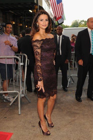Sidewalk Style: Penelope Cruz Expresses Her Love For Espresso Head-To-Toe